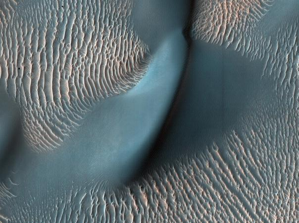 Ripples_in_Proctor_Crater